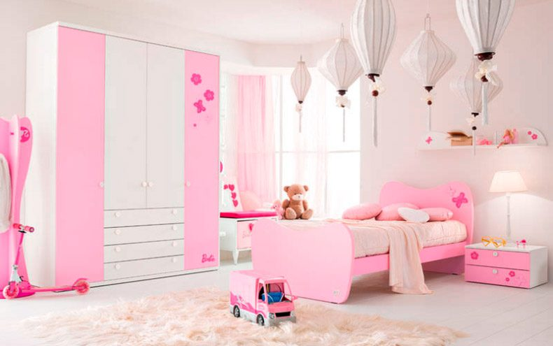 Dormitorio para ni as en rosa y blanco im genes y fotos for Cuarto de nina rosa palido