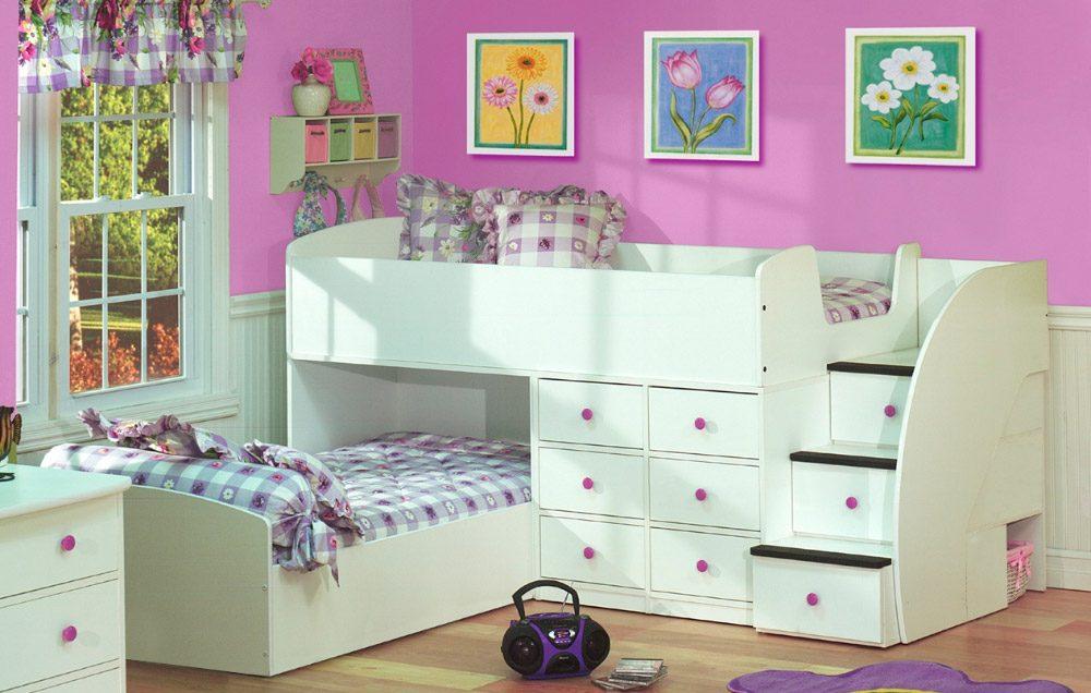 Colores para habitaciones infantiles for Cuarto de nina rosa palido