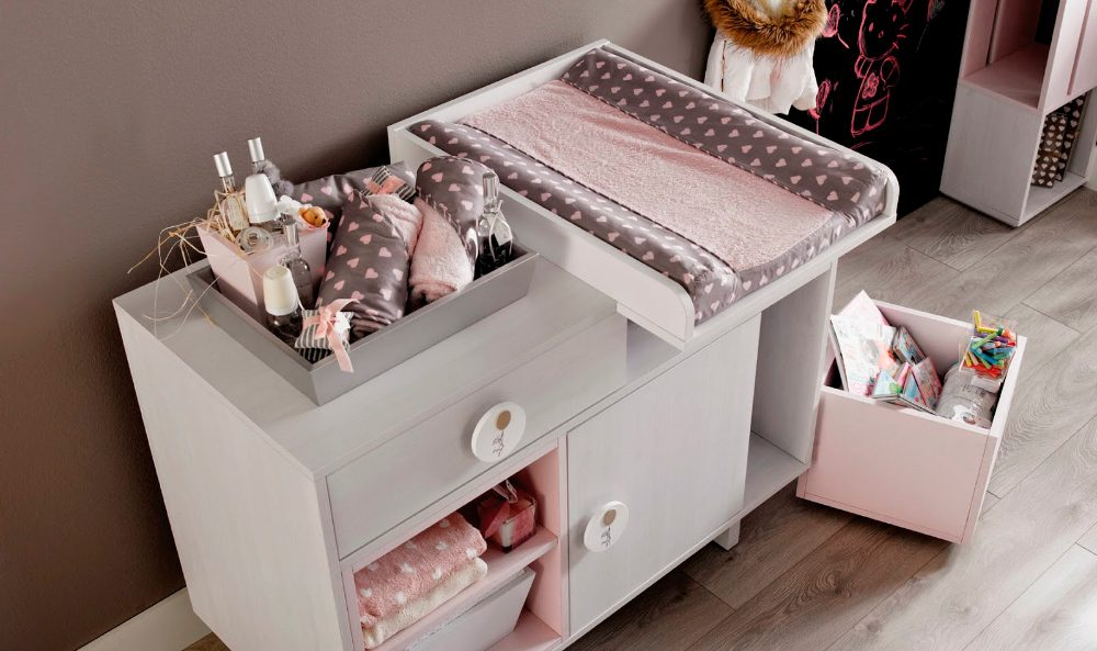 Muebles en habitaciones de bebés: Cambiador :: Imágenes y fotos